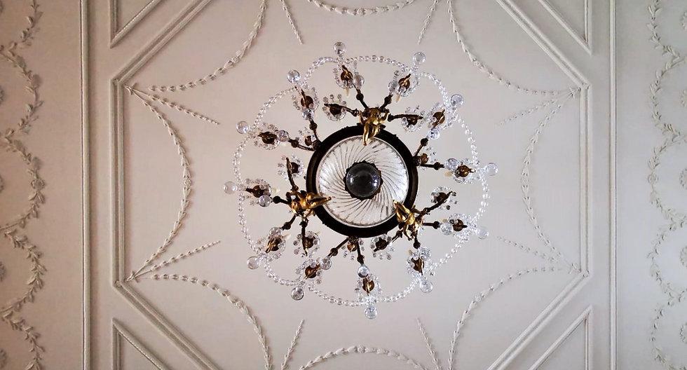 Cornice London Ceiling and plasterware Restoration service