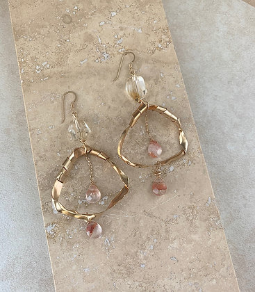 Serqet Chandelier Earrings