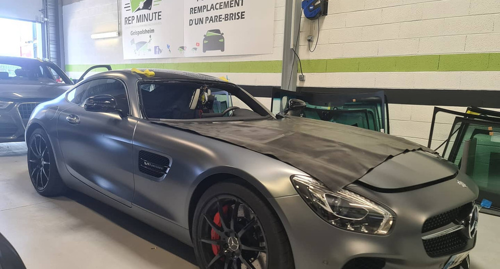 REMPLACEMENT PARE BRISE AMG COUPE 2  REP