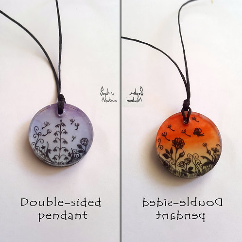 Double-sided flowery pendant