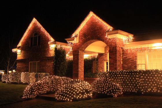 Eugene Oregon Christmas Lighting Company.jpg