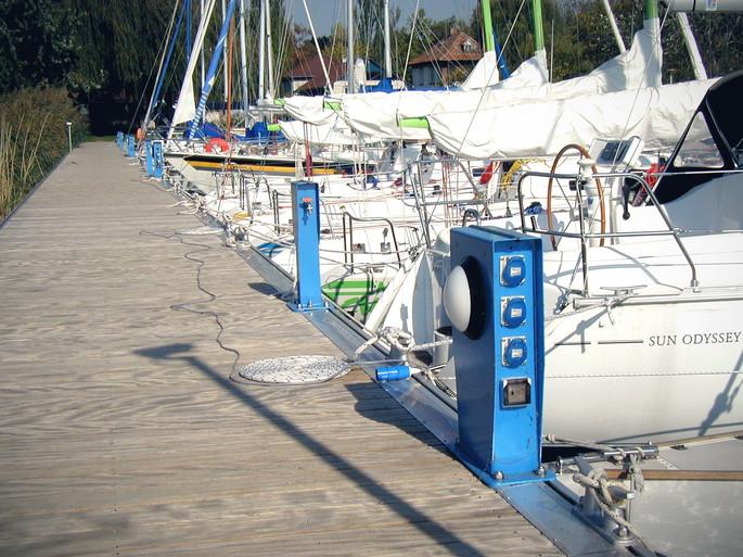 Elektromos-vízes kombinált modulok, Balaton