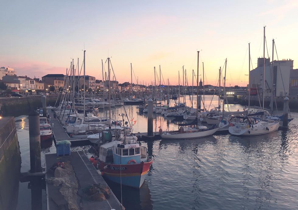 Les Sables d'Olonne belső kikötője, vízes modulok