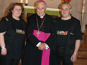 Monsignore Luigi Bommarito a Pforzheim, per le Cresime e alle Reliquie di San Francesco di Sales