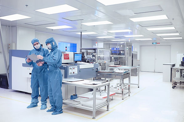 Cleanroom people.jpg