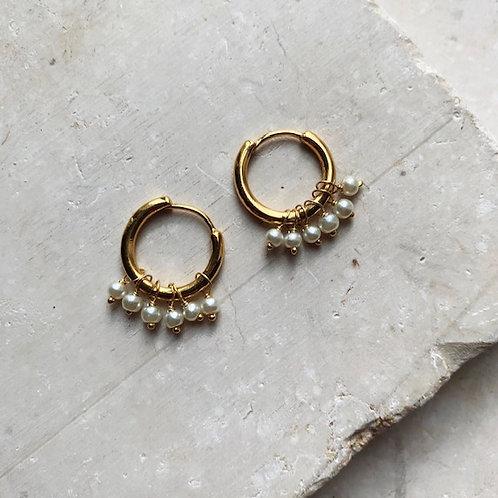 Huggie Earrings Small Pearls