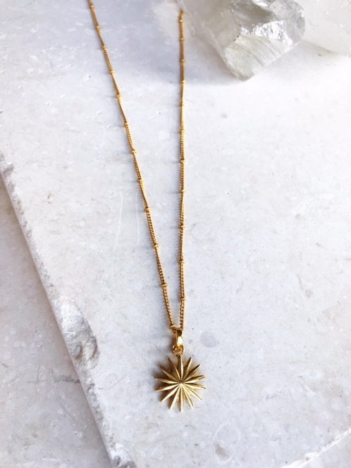 Full Sun Necklace Ribbed Solid
