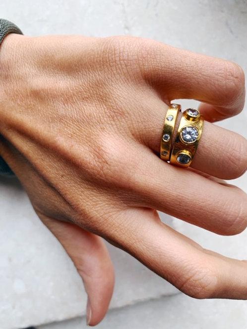 Naomi Ring