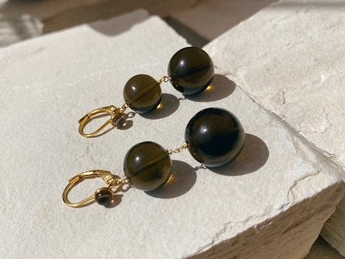 Pernille Pearl Earrings Smoky Ball
