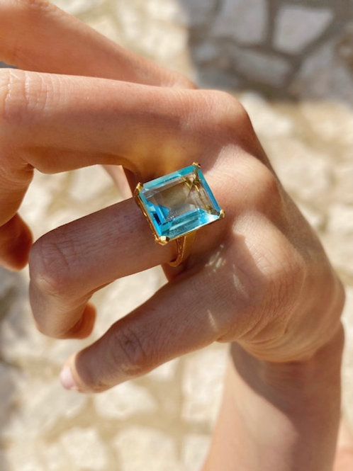 Claudia Ring Light Blue Hydro