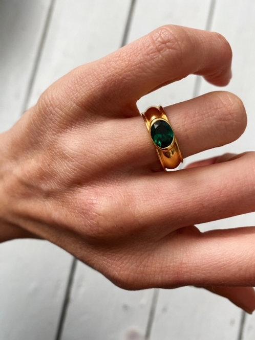 Juniper Ring Emerald Green