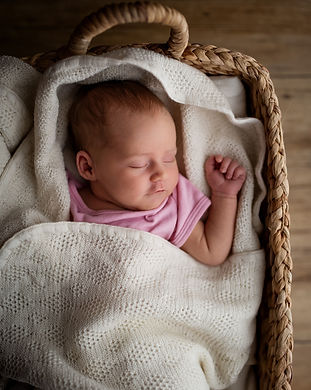 Newborn-Neugeborene-Baby-Fotografin-Dani