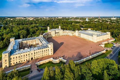 Гатчинсктй-дворец.jpg