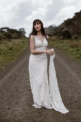 farrah-wedding-dress-aline-lace-train_ed