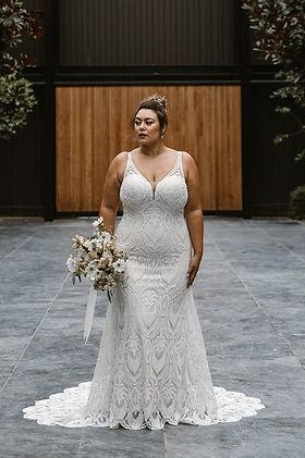 farrah-fitted-lace-v-neckline-wedding-dr