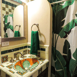 Green-room-bath.jpg