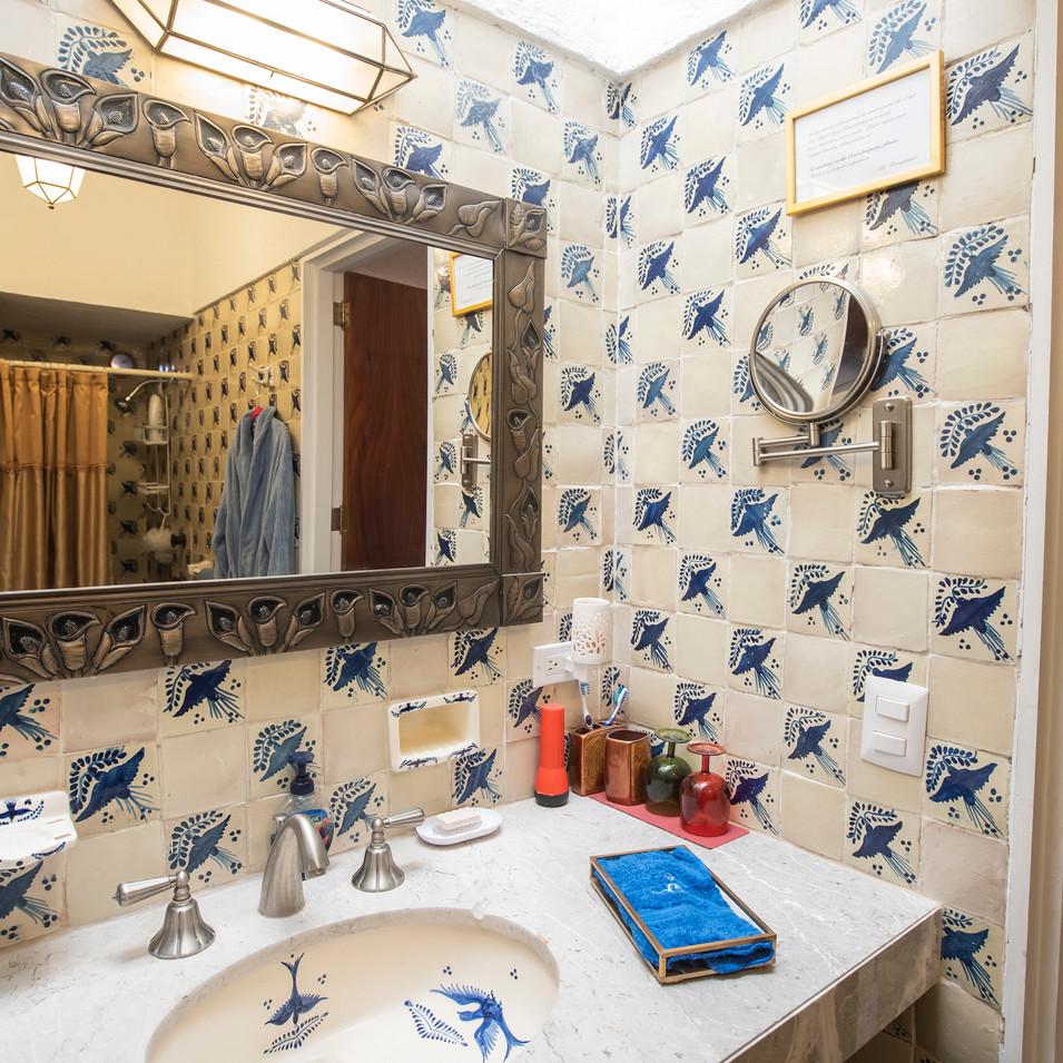 Gold Room Bathroom 3.jpg