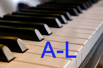 piano-3447281_1280_edited_edited.jpg