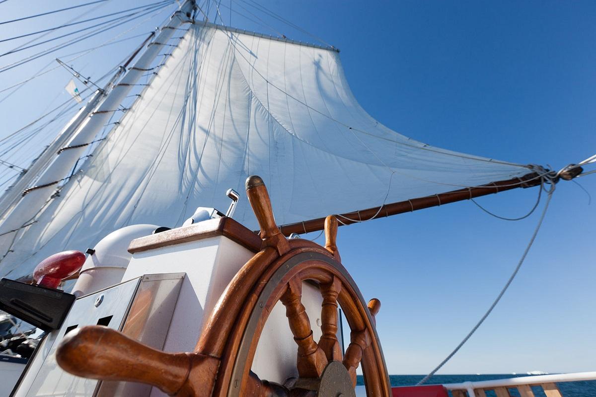 Sails & Steering wheel _Rolf Stange-S