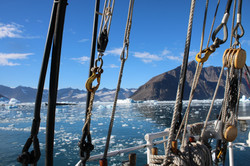 Sailing in Greenland with Rembrandt van Rijn._peter huysmans