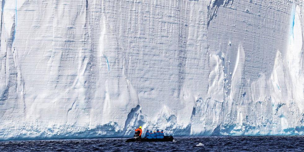 19 Nights Expedition Falklands, South Georgia and Antarctic Circle