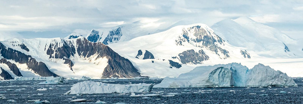 13 Nights Christmas and New Year Journey to the Antarctic Circle