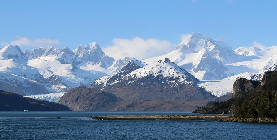14 Nights Essential Patagonia: Chilean Fjords and Torres del Paine