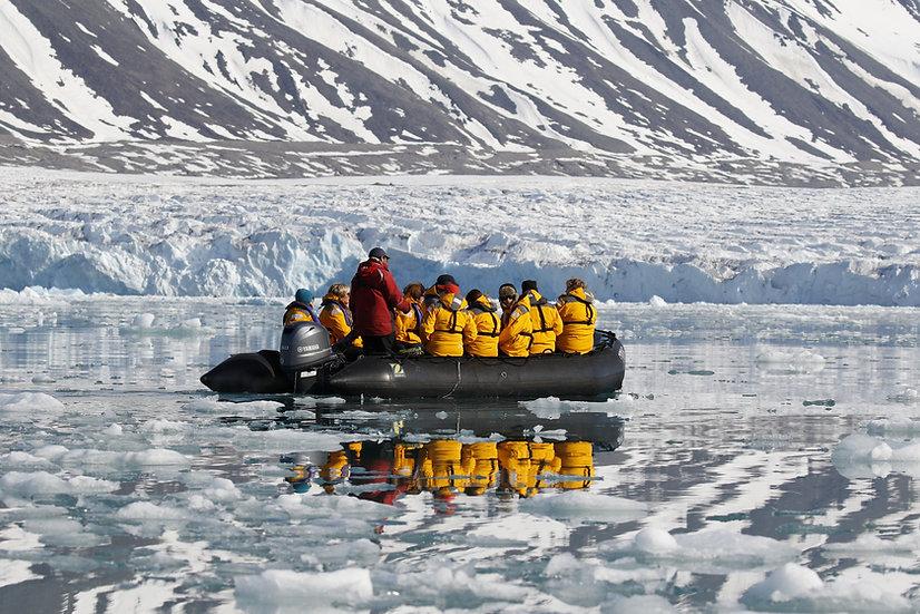 12天斯匹次卑尔根北极野生动物之都探险游