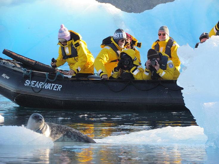 17天高纬度北极西北航道探险之旅