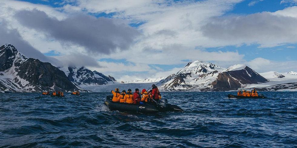 6 Nights Spitsbergen Highlights: Expedition In Brief