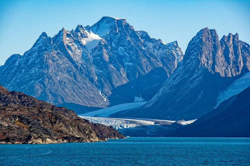 12 Nights In the Wake of the Vikings: a Voyage from Iceland to Greenland