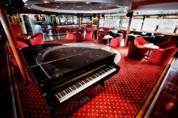 DIA - Main Lounge (3)