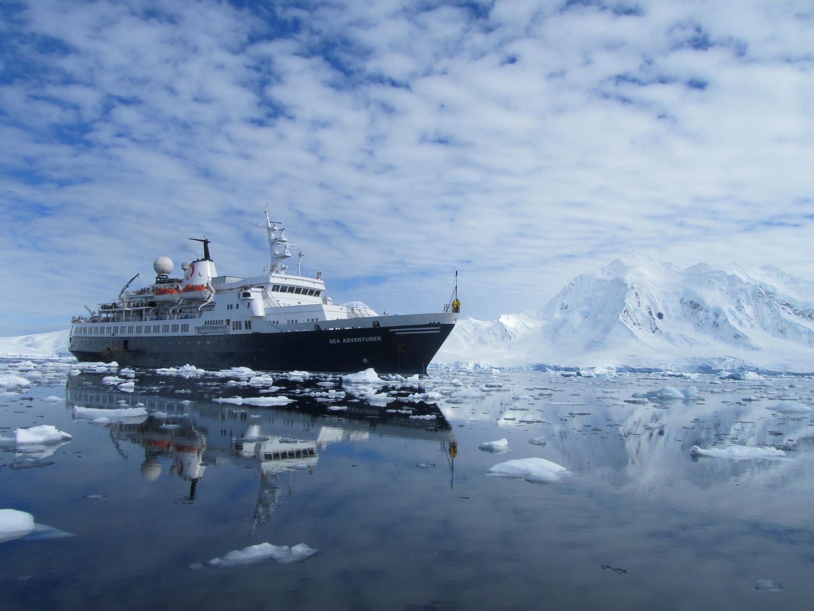 Ocean Adventurer External