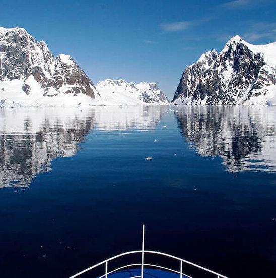 8天经典南极半岛飞去飞来探险游