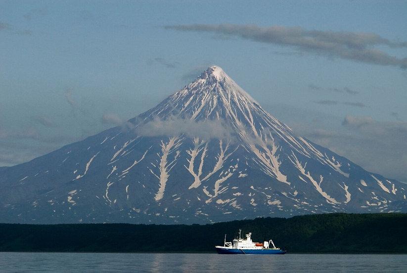 10 Nights Seals, Seabirds and a Legacy of Sorrow: Sea of Okhotsk