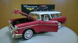 1955 Chevrolet Nomad 1-18 diecast