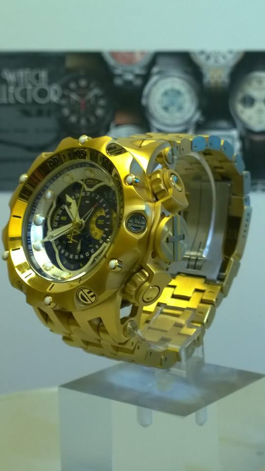 Invicta Reserve Venom 16804 chronograph Master Calendar Gold