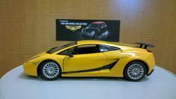 Lamborghini Gallardo 1-18 Diecast