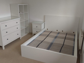 STUDENT PROPERTIES - LANDLORD SUPPORT - UNIVERSITY FURNISHINGS - BY FLAT PACK SWANSEA