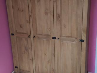Corona 3-Door Wardrobe - West Cross, Swansea - Awful Instructions
