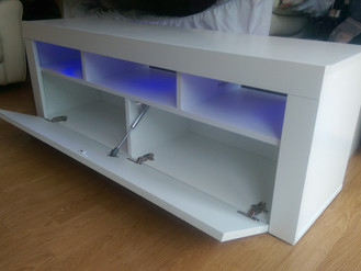 Assembling that which has no name! A beautiful TV stand in Briton Ferry