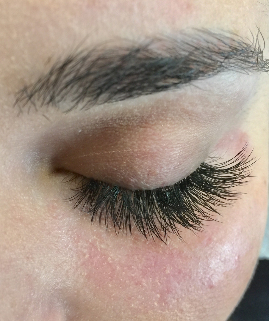 Want Volume Eyelash Extensions_ Get 300