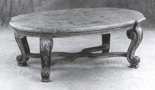 9955 - Oval Cocktail Table