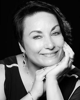 Yelena Vesnovskiy.jpg