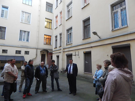 Кандидат в Законодательное собрание Николай Марков проводит встречи с избирателями