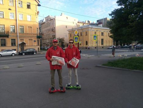 Комсомольцы Центрального района ведут активную работу по распространению партийной агитации применяя