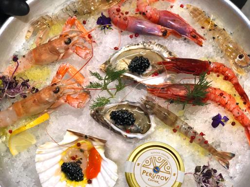 Austern, Krabben und Osietra Kaviar.       A perfect match!