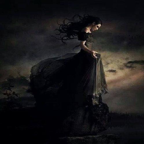 Madamoiselle Noir Servitor