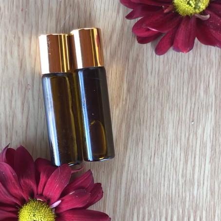 Como fazer perfume roll on com óleos essenciais