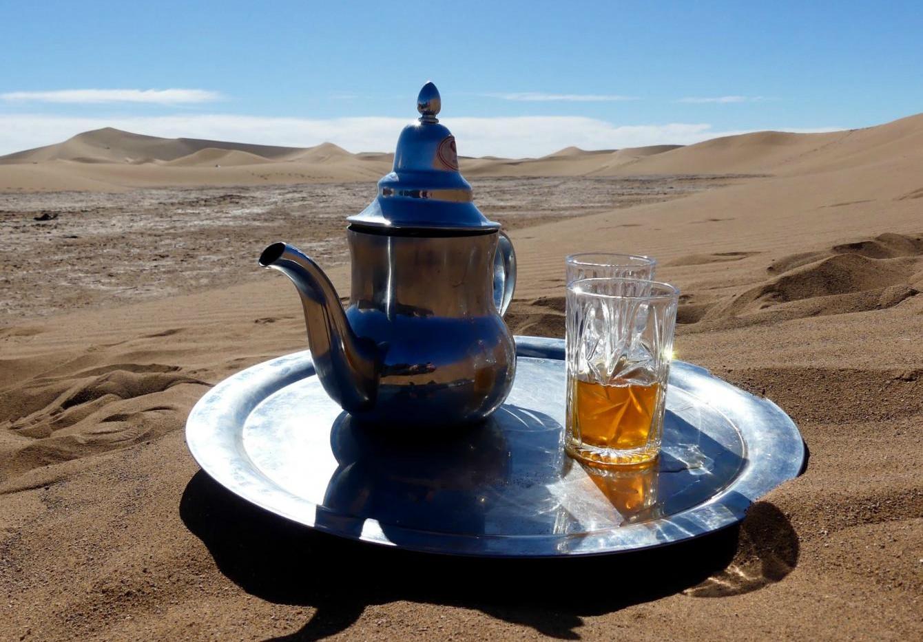 Un thé au Sahara.jpg